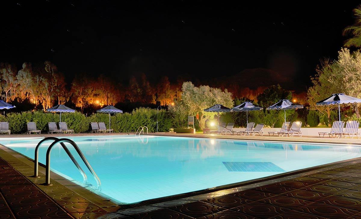 pool-night-view-02